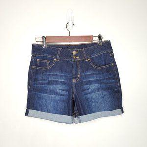 Signature Studio Mid Rise Cuffed Jean Shorts, 12